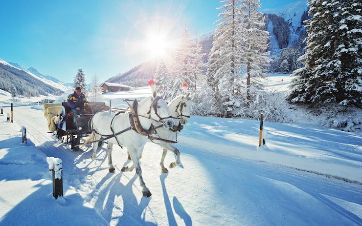 Faire un tour de calèche en Savoie.