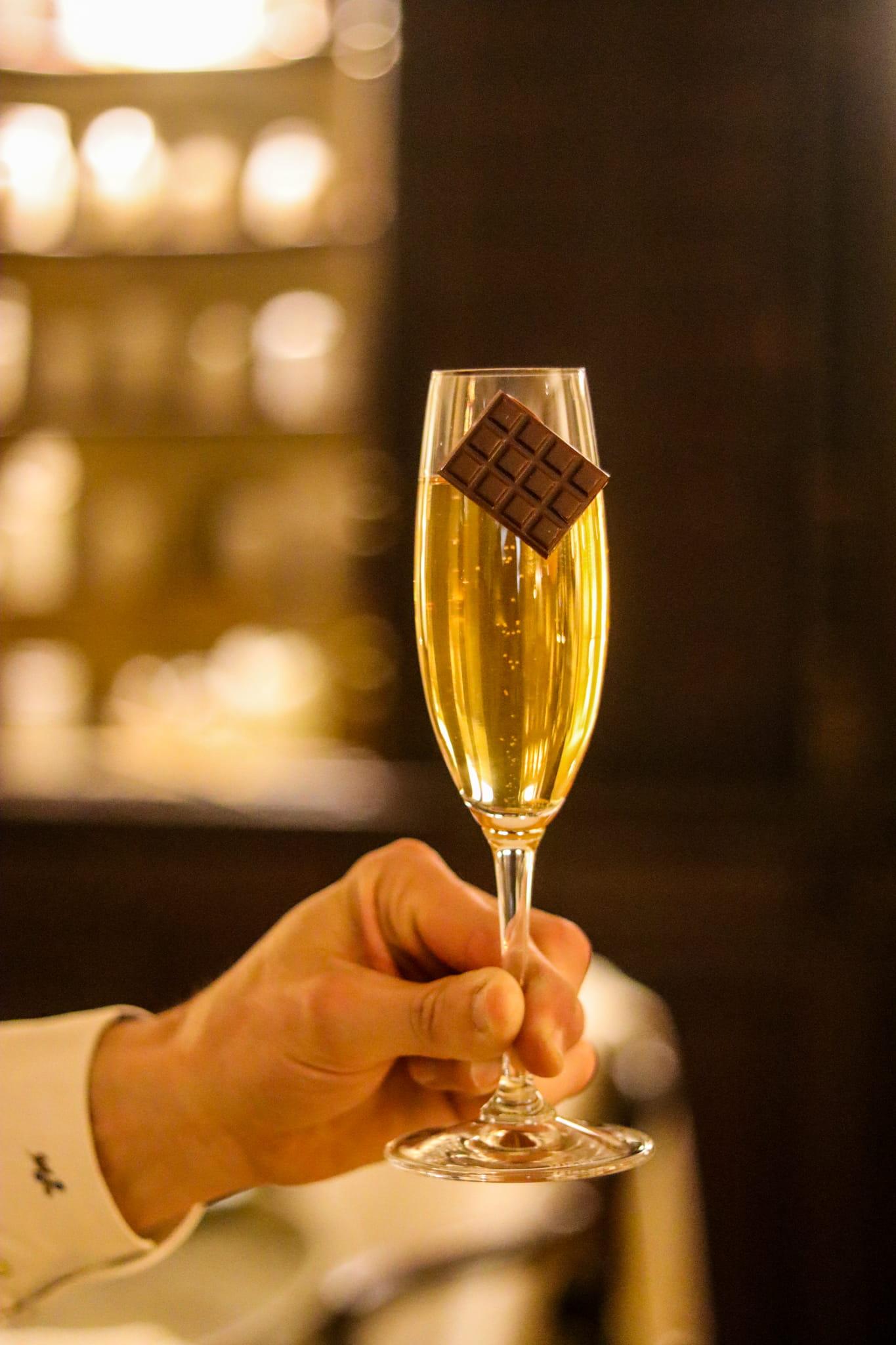 Champagne signature à Megève
