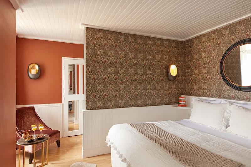 Chambre deluxe carré citron dans un hôtel de Megève