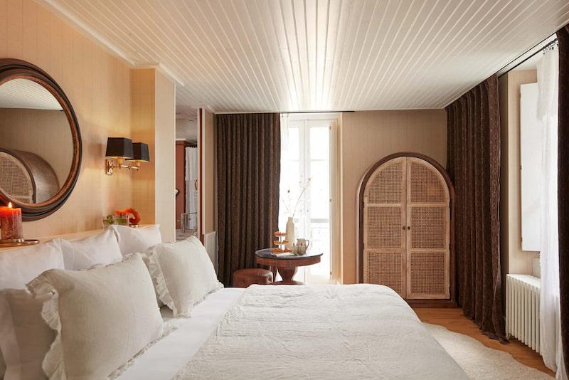 Chambre deluxe carré noisette dans un hôtel à Megève